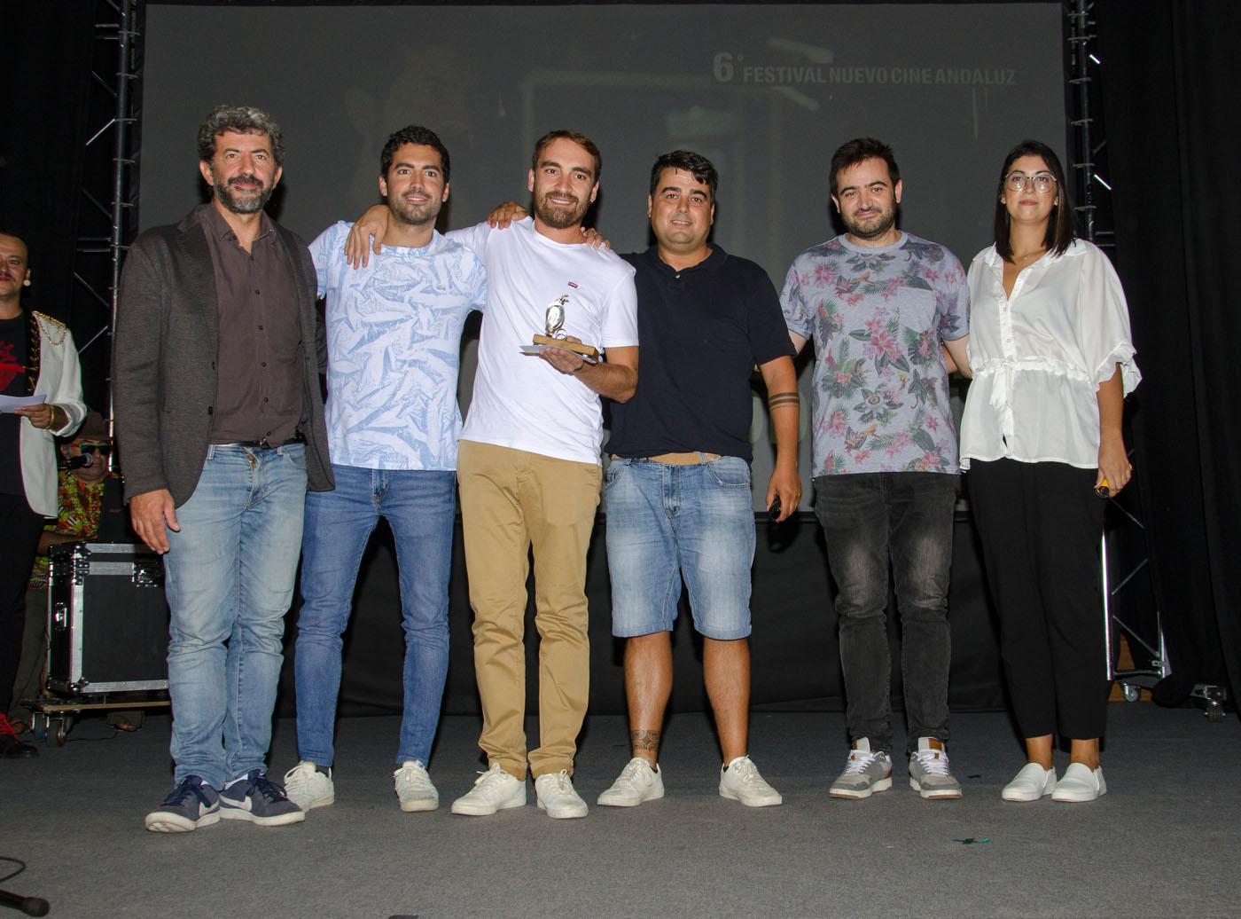 Alberto Rodríguez entrega el premio del Concurso de Cortos Exprés